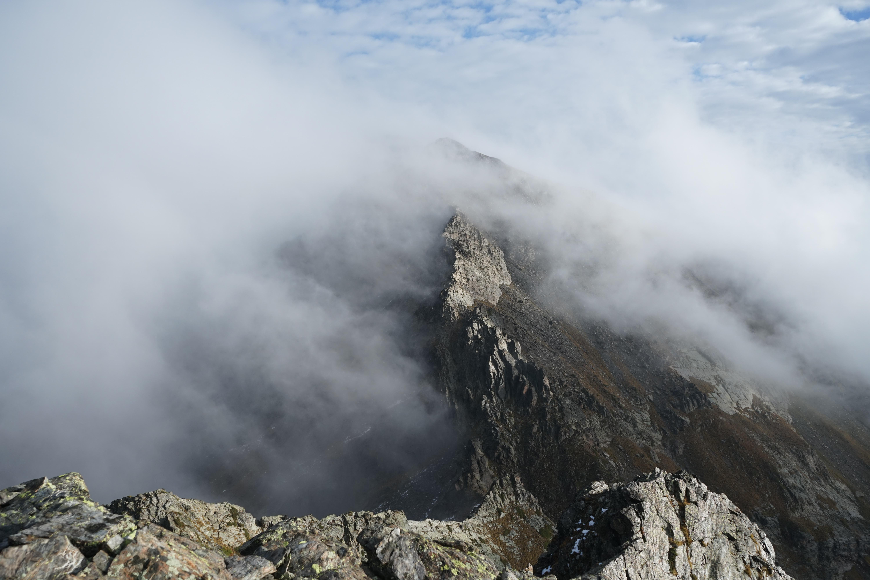 Pic de Nère (2794 m) – Pic de Nère Arrouge (2860 m) depuis les granges d'Astau