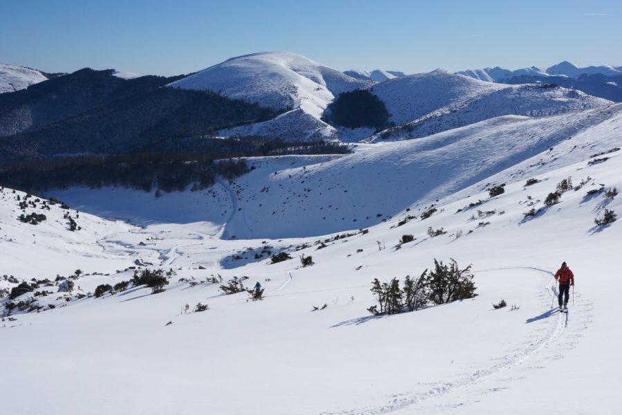 Soum de Coste Oueillère (2453 m) depuis la route des granges de Camoudiet