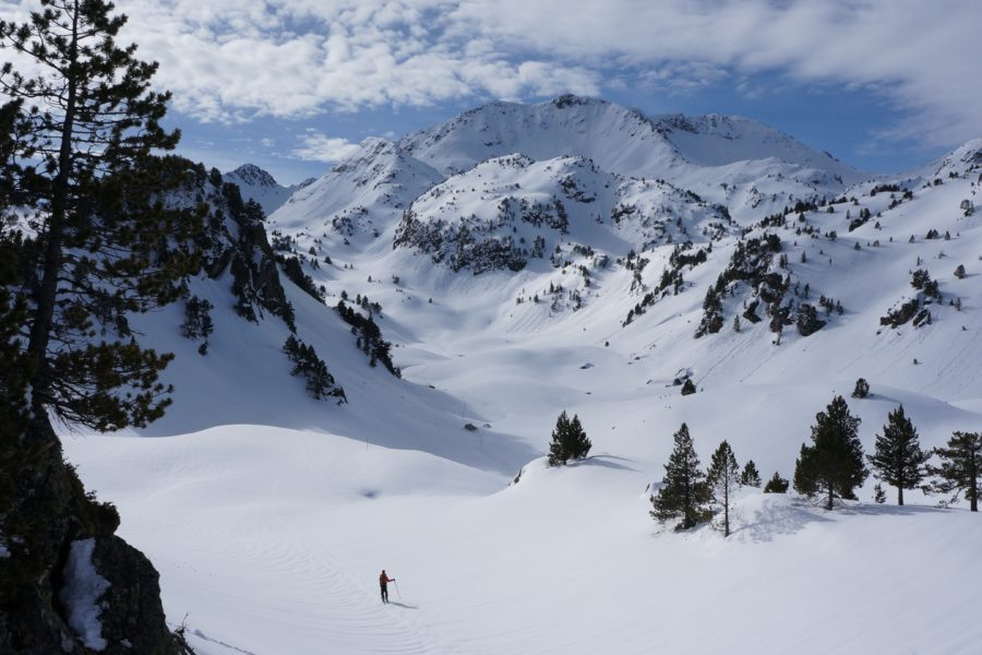 Tuhou de Cloutou (2568 m) depuis le lacet du Garet