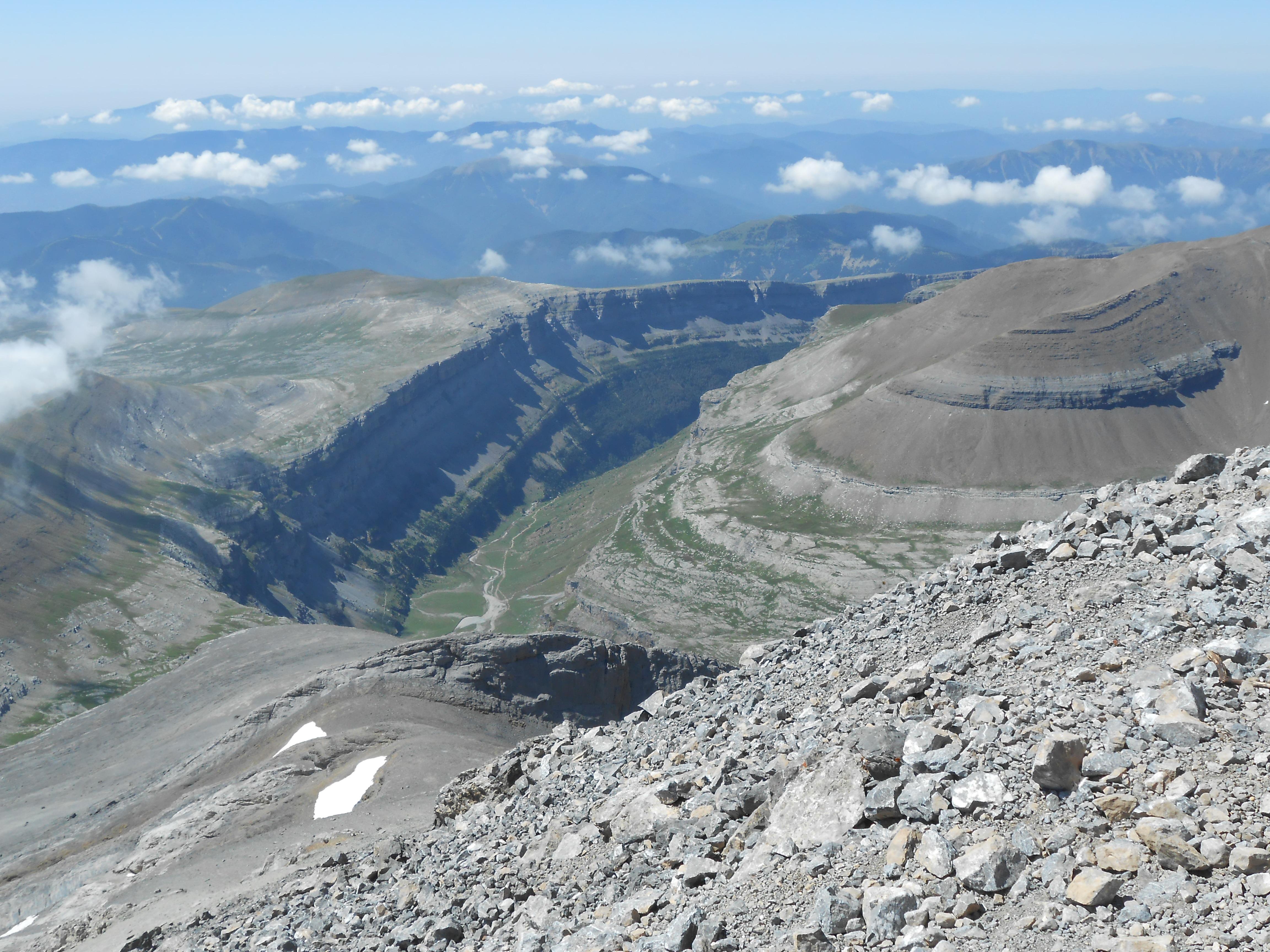 Mont Perdu (3355 m) depuis le col des Tentes