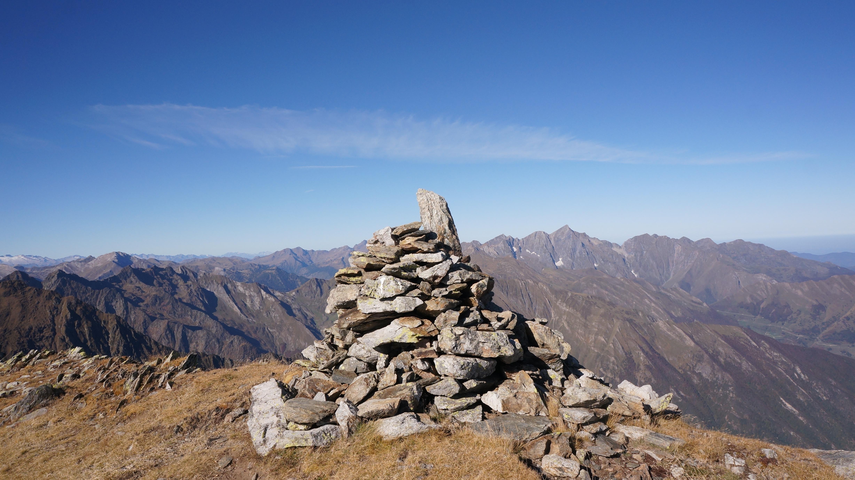 Cap de Ruhos (2618 m) – Pic de la Montagnoule (2623 m) depuis les mines d'Anglade