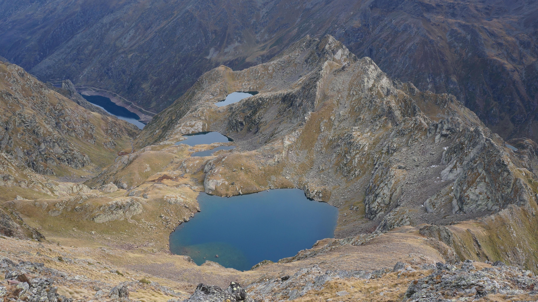 Pointe de Roumazet (2842 m) depuis le barrage de Soulcem