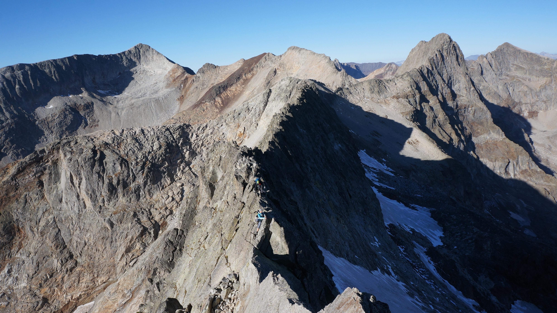 Pic de Maupas (3109 m) par l'arête Ouest depuis le refuge de Maupas