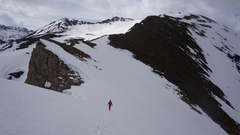 Pic de l'Homme (2464 m) depuis la vallée d'Orgeix