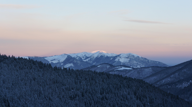 Pic du Lion (2102 m) – Mont Né (2147 m) depuis Bourg d'Oueil