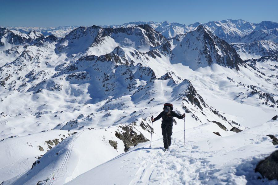 Pic de Contadé (2714 m) depuis le lacet du Garet