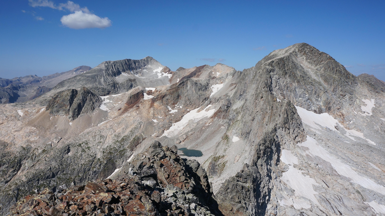 Pic de Boum (3006 m) depuis l'auberge du Lis