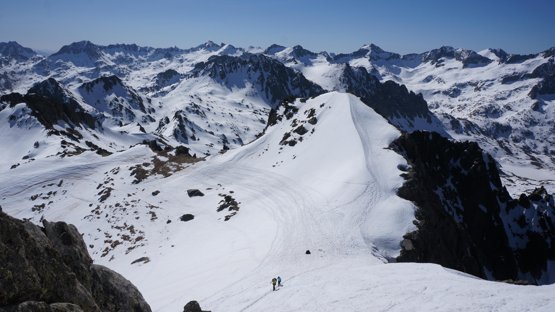 Montardo (2833 m) depuis le barrage de Cavallers