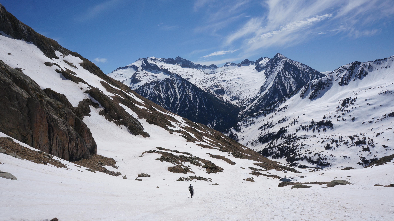 Forca de Remuñe (2945 m) par la vallée de Remuñe
