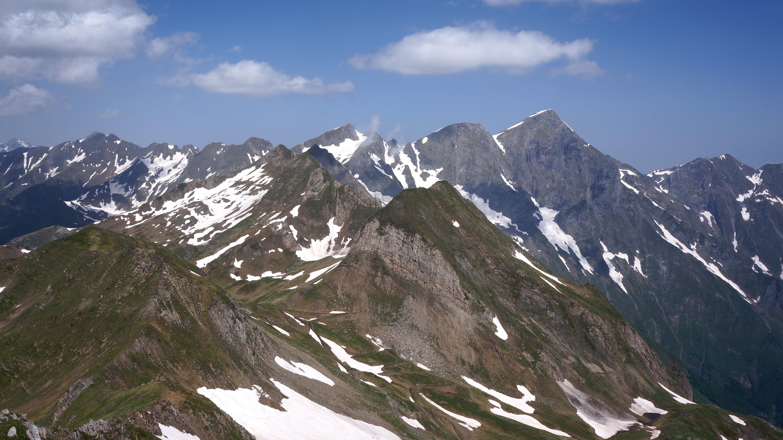 Pic de Montaud (2496m) et tuc de Berbégué (2477m) depuis le col de Pause