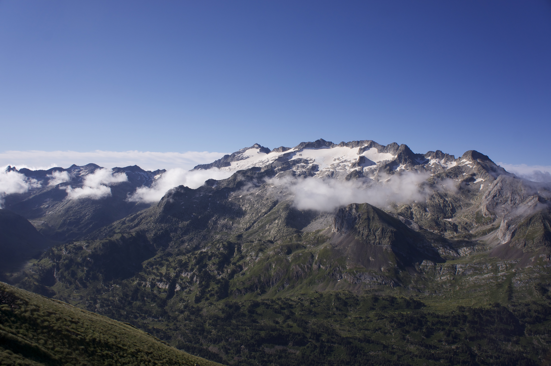 Pic de Sauvegarde (2738 m) depuis l'Hospice de France