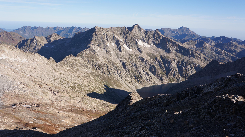 Pic d'Estaragne (3006 m) – Pic de Campbieil (3173 m) – Pic Maou (3074 m) depuis Cap de Long