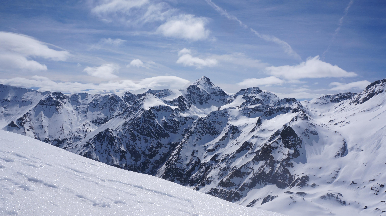 Pic de l'Har (2425 m) depuis le hameau de Mourtis