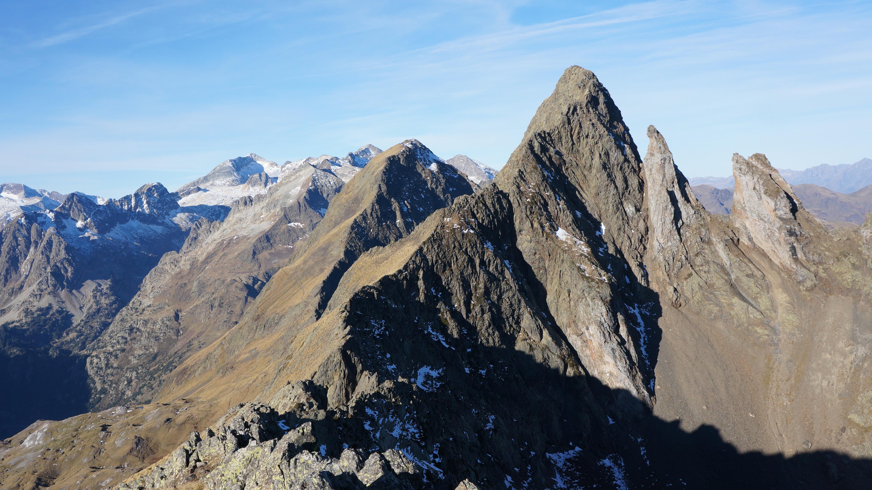 Pic de la Mine (2708 m) : traversée Est – Ouest depuis l'Hospice de France