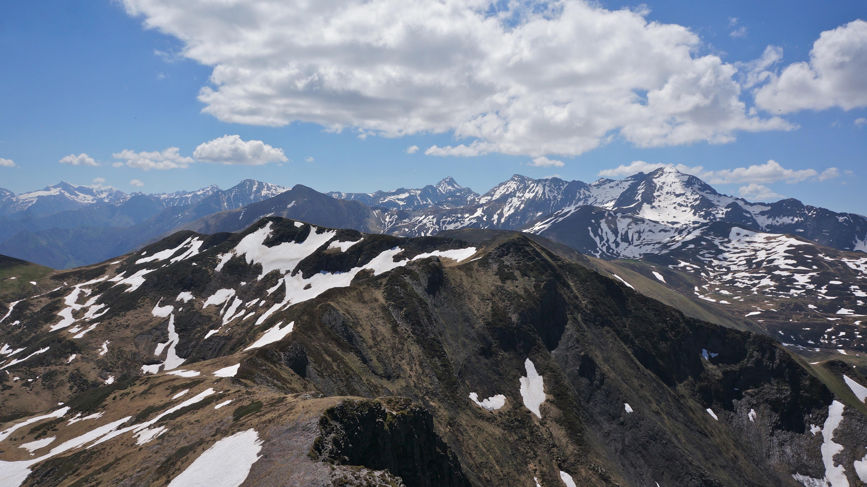 Pic de Pale Bidau (1936 m) – Cap de Gauch (2148 m) – Pic de Crabère (2629 m) depuis Melles