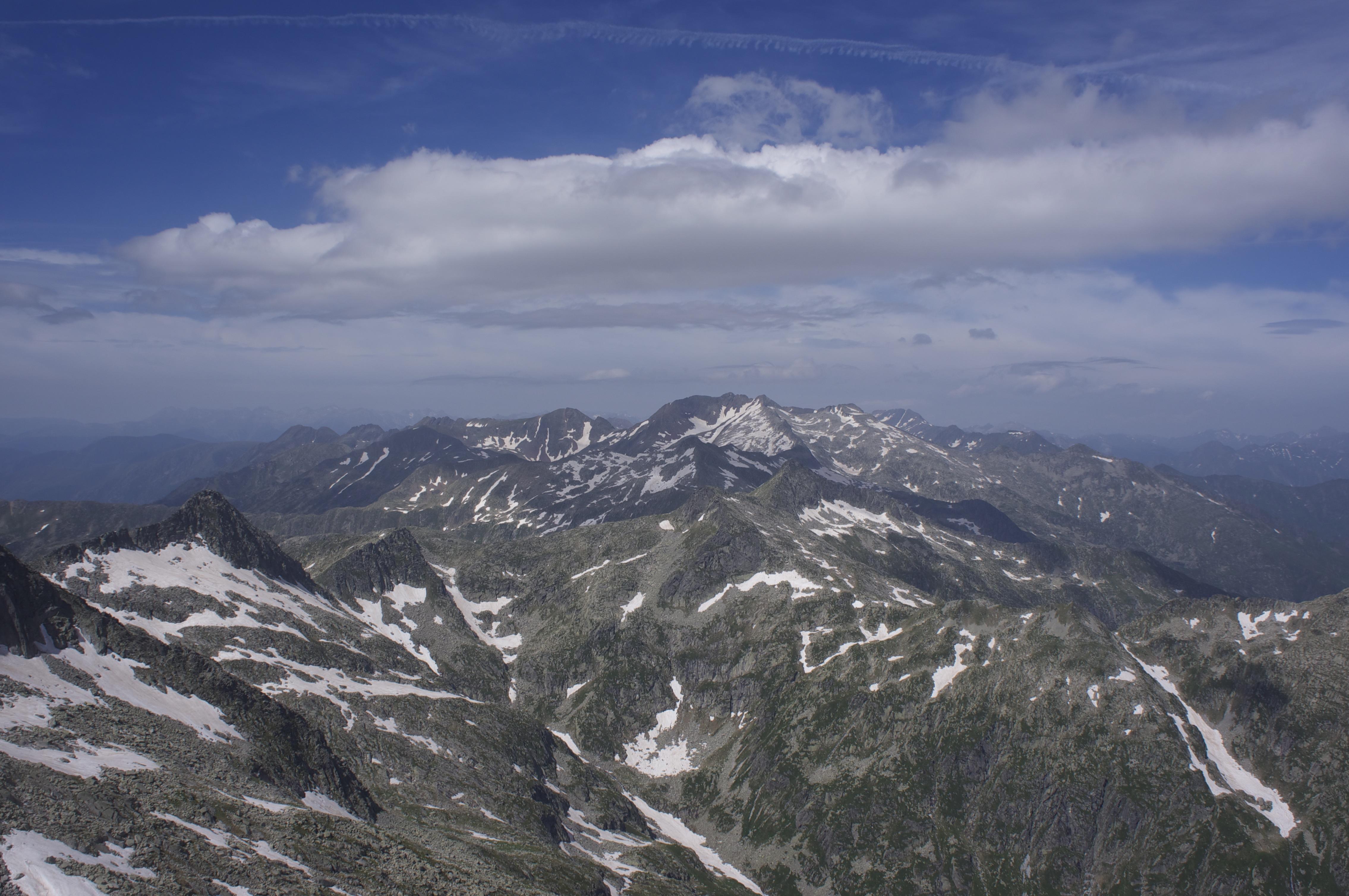 Pic des 3 Comtes (2620 m) – Pic de Puntussan (2682 m) par l'étang du Garbet