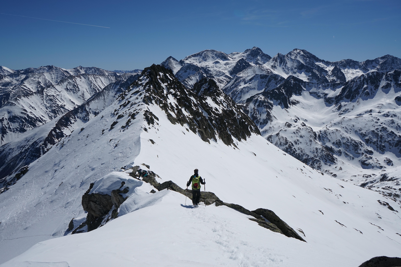 Pic Près de Puntussan (2699 m) depuis Artigue